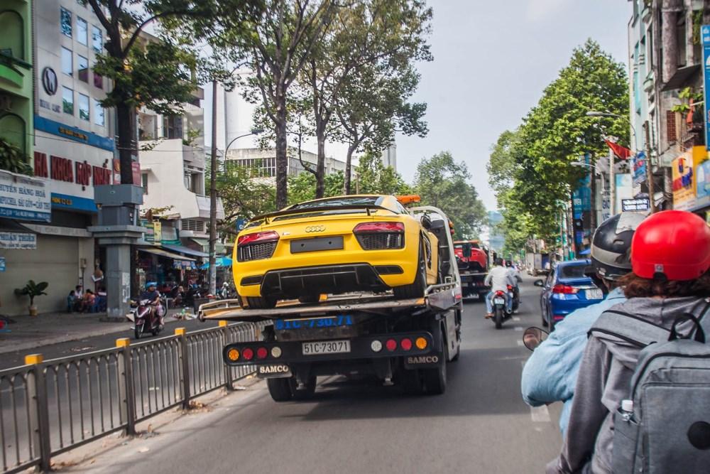 Cứu hộ ô-tô thành phố Hồ Chí Minh